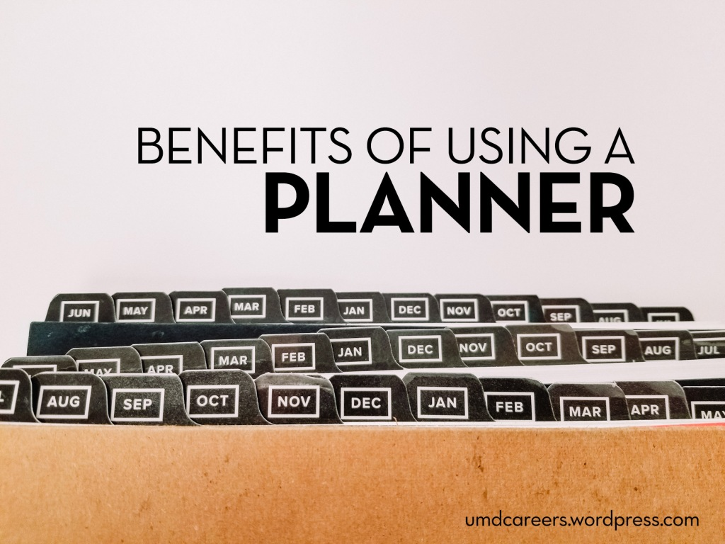 Text: Benefits of using a planner Image: planners stacked on white background